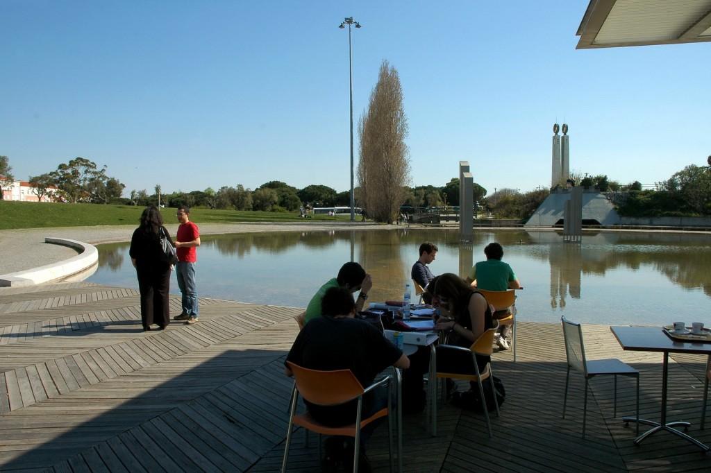 Esplanada Parque da Amália