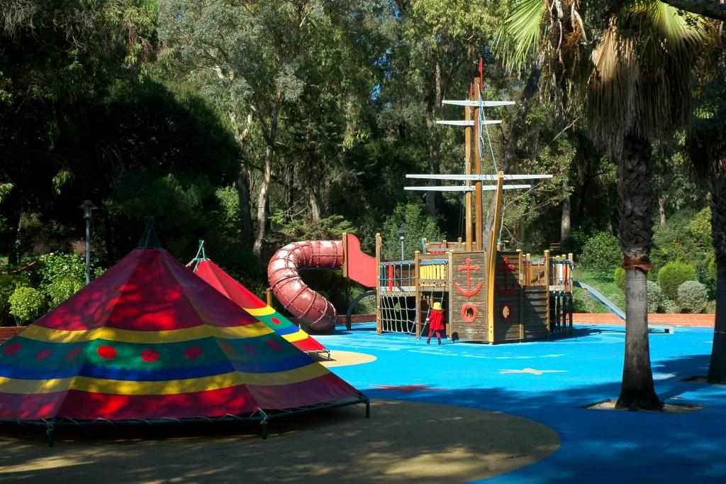 Caravelo Parque Infantil do Alvito